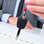 Verbod op privégebruik auto helpt dga niet